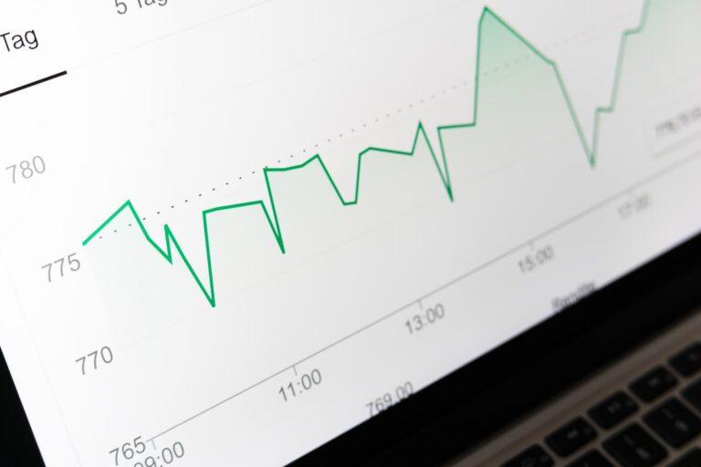 ¿Por qué son importantes los informes de campañas de correo electrónico (y cómo)?