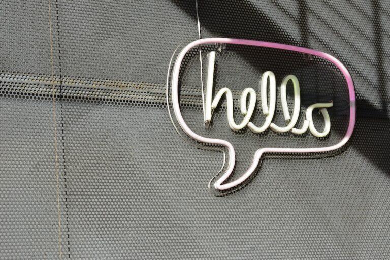 ¿Cómo utilizar los correos electrónicos de encuestas para impulsar su base de clientes?